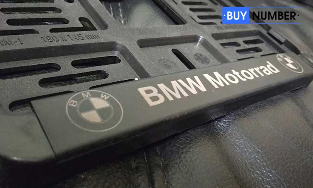Рамка для номера мотоцикла с надписью