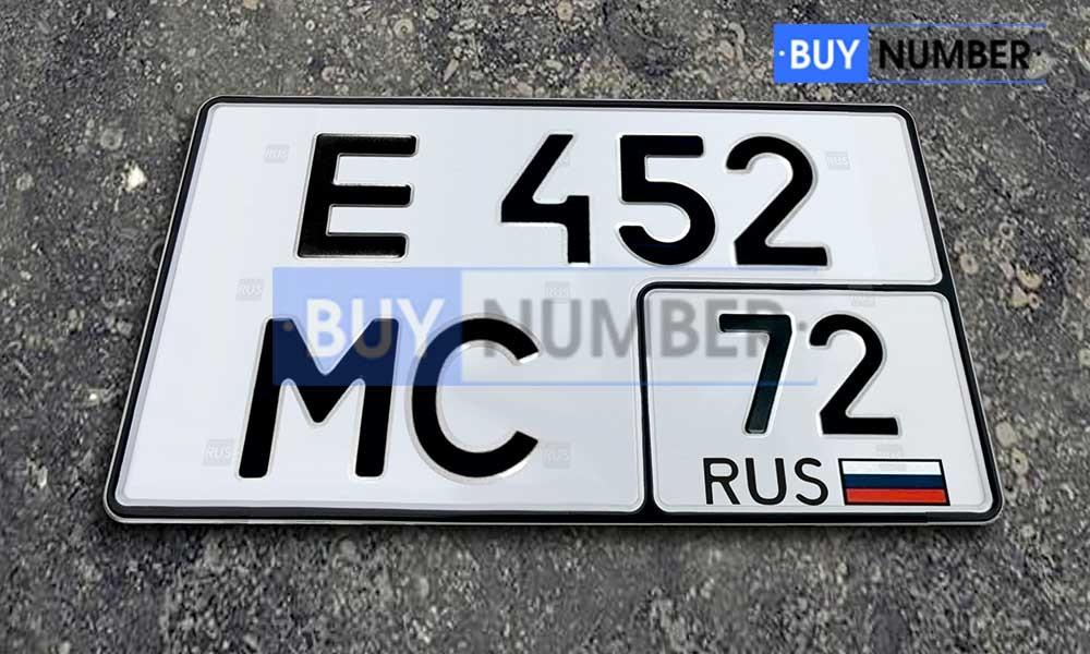 Квадратный номер нового образца на авто - 72 региона