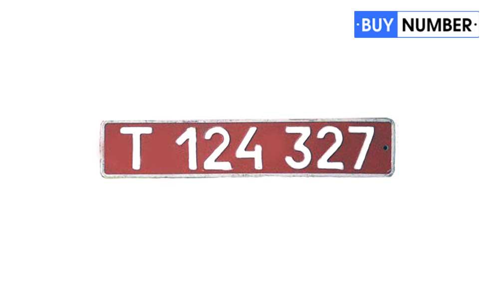 Красные дипломатические номера на авто по типу 1980 года